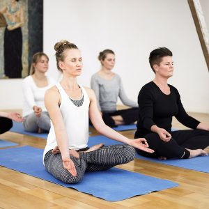 Yoga | Motion på arbejdspladsen | Solar Plexus